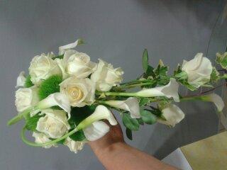 bouquet-de-mariee-retombant-.jpg